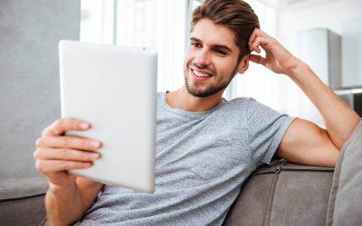 Zalety uczenia się języka angielskiego online z lektorem